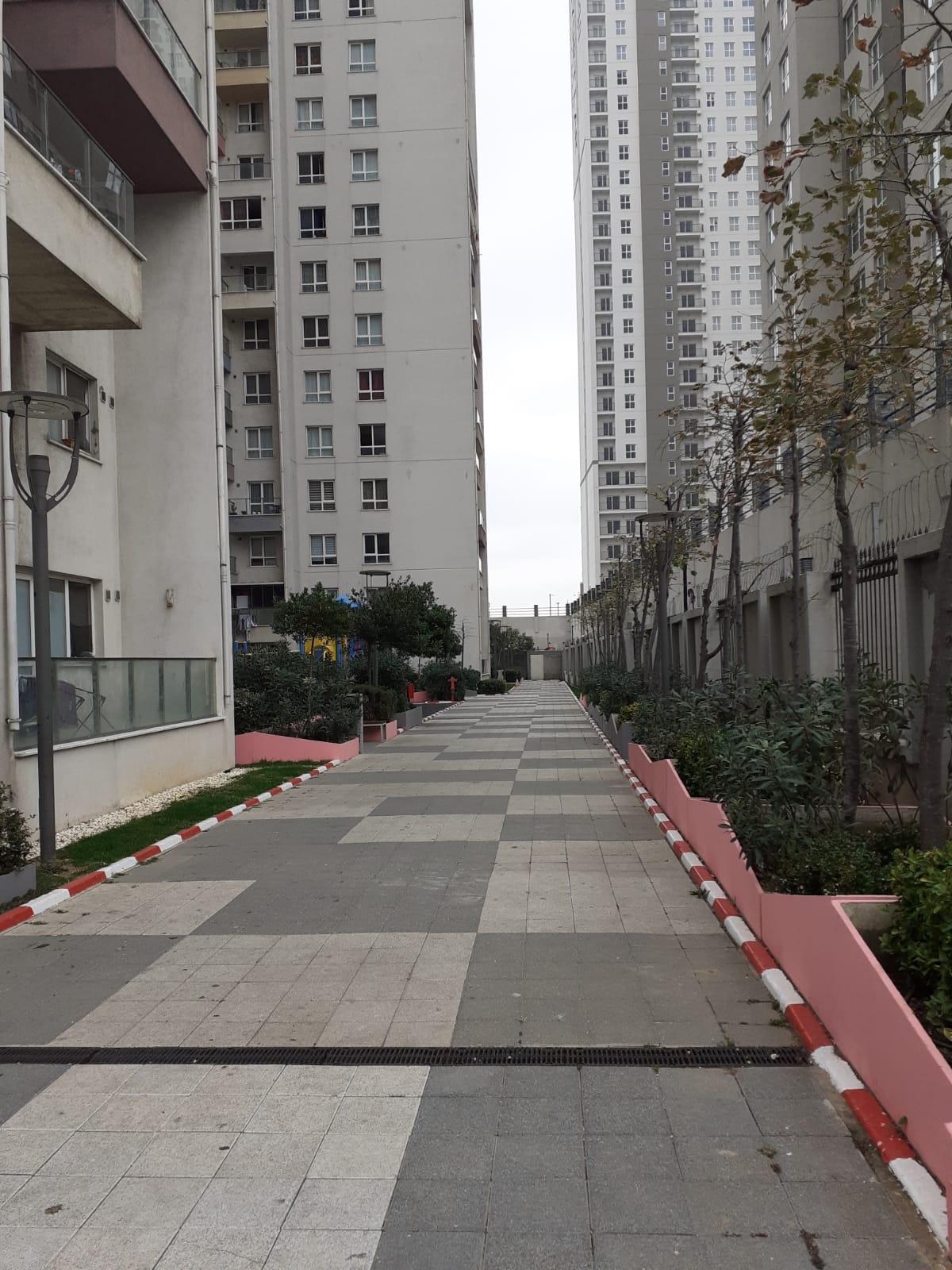 شقة سكنية للبيع اسطنبول أوروبا إسنيورت